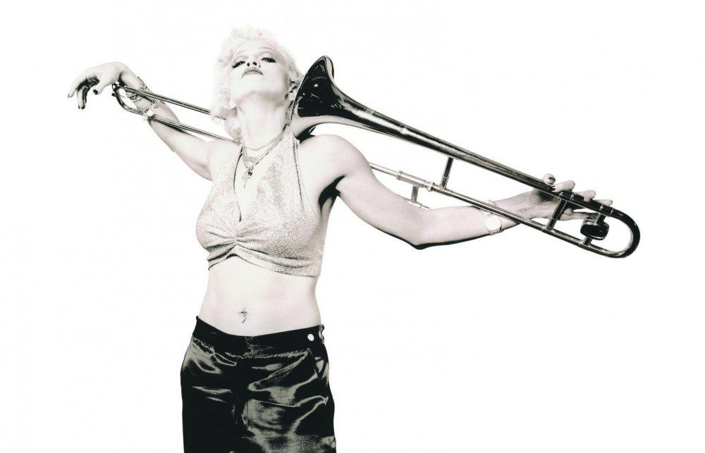 Madonna-1612x1035.jpg