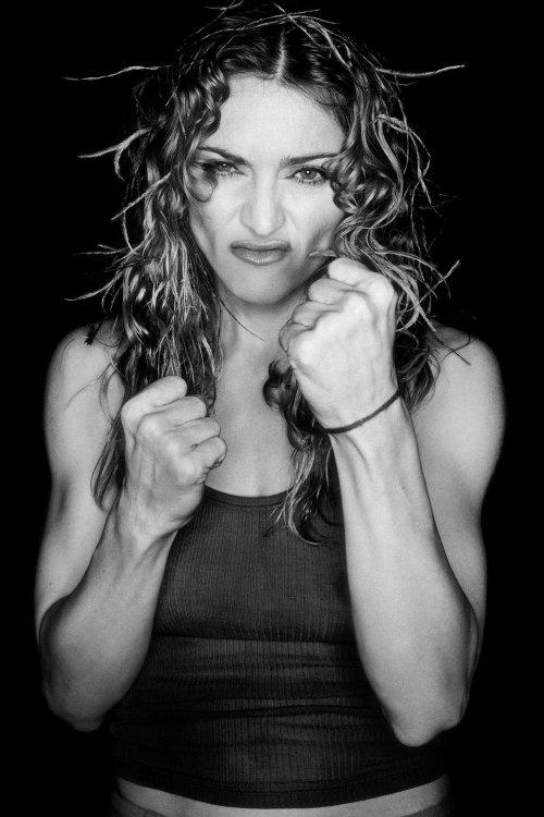 Madonna-1998 (2).jpg
